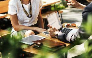 Criação de sites em Campinas com o cliente participando