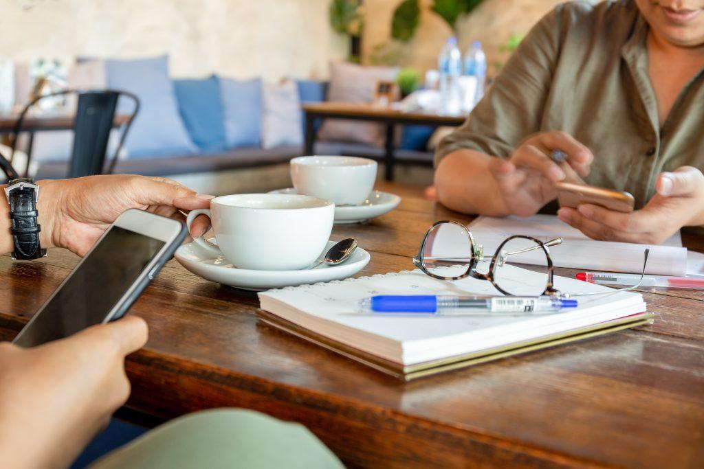 agência digital que cuida do marketing social das redes e monitora resultados